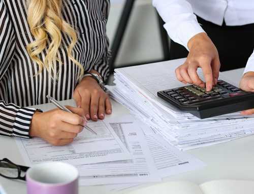 What are the main responsibilities of a bookkeeper?
